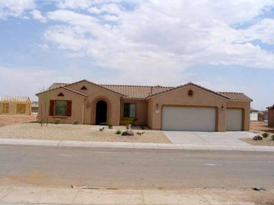 Sun City Grand house 3 bed 2 bath 3 car garage