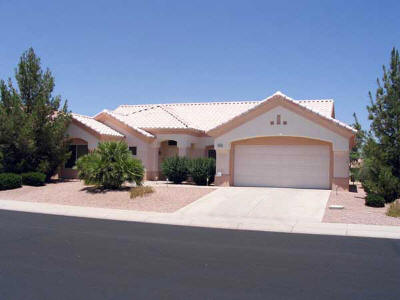Sun City Grand House, 2 bed, 2 bath, 2 car garage